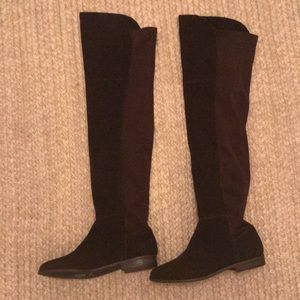 Adorable over the knee suede boots
